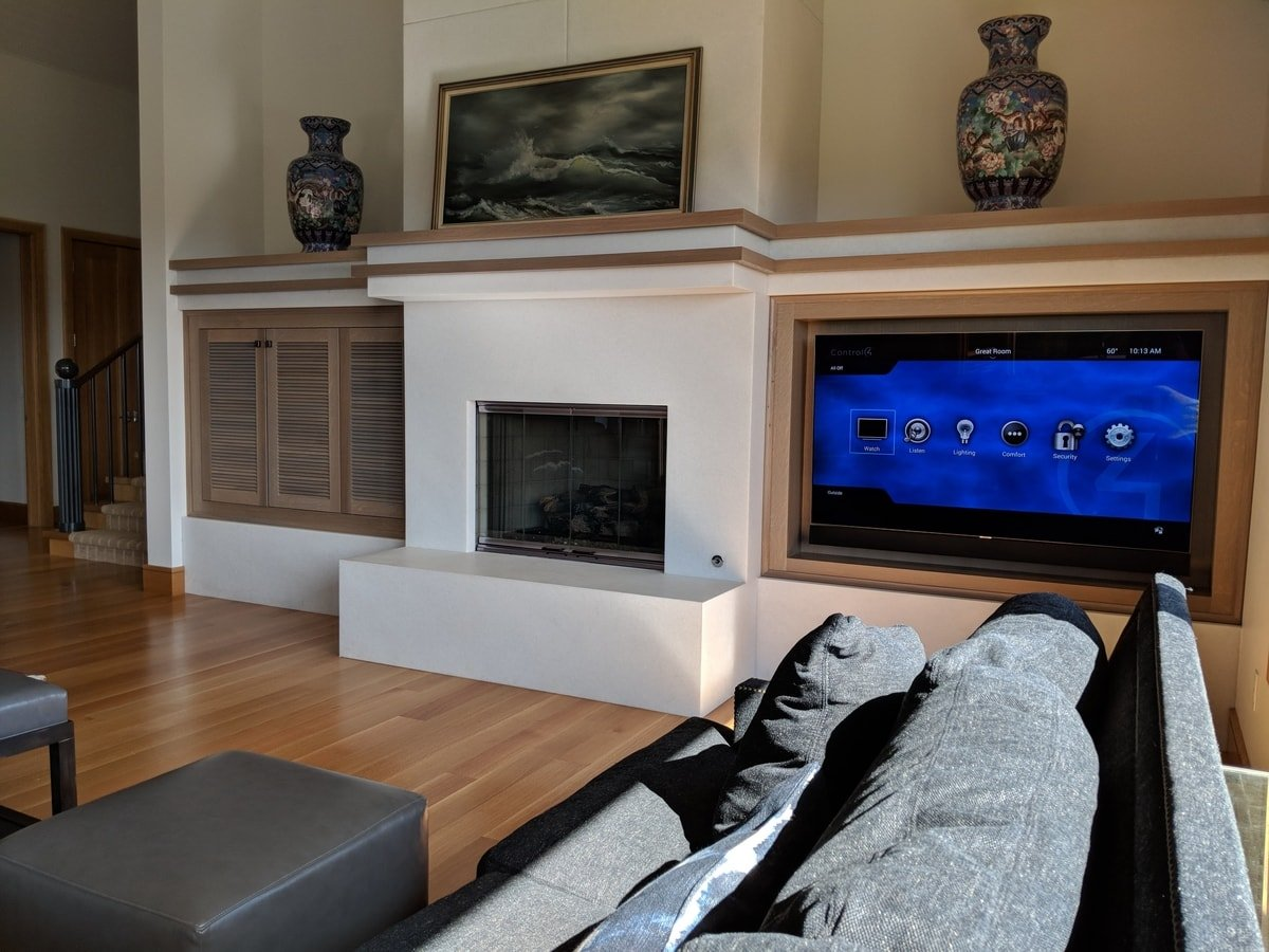 TV mounted on Arm Mount