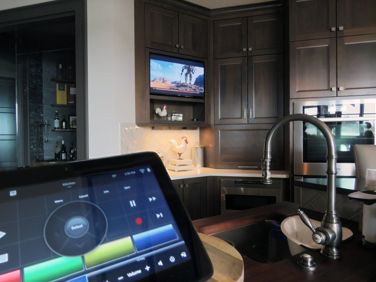 Family & Entertainment Based Solutions for Lakeside Home 32
