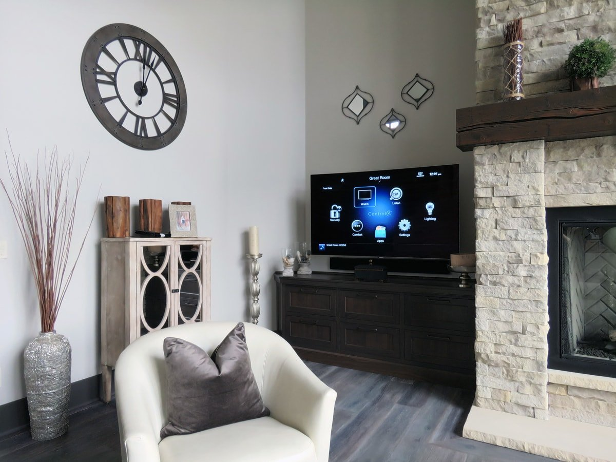 Family & Entertainment Based Solutions for Lakeside Home 14