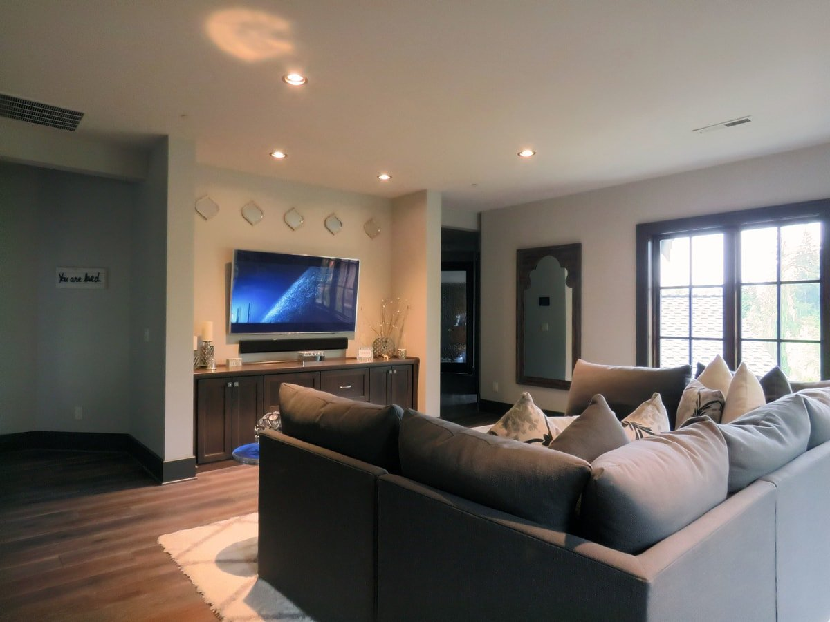 Family & Entertainment Based Solutions for Lakeside Home 35