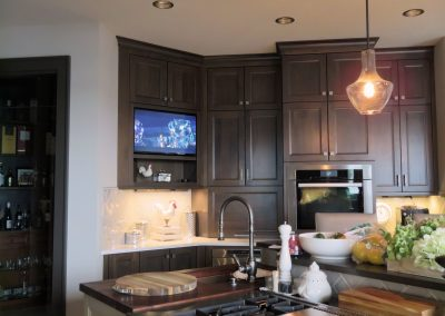 Family & Entertainment Based Solutions for Lakeside Home 77