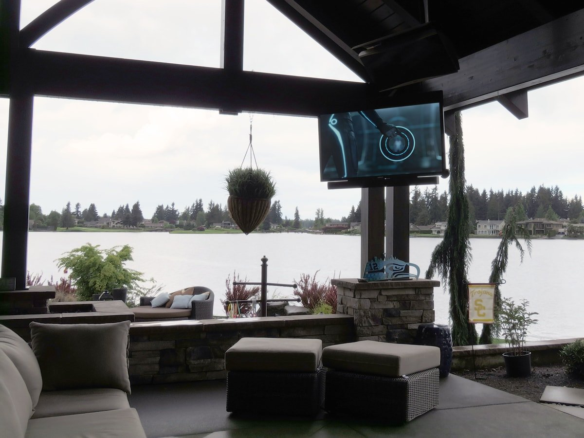 Family & Entertainment Based Solutions for Lakeside Home 42