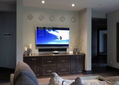 Family & Entertainment Based Solutions for Lakeside Home 82